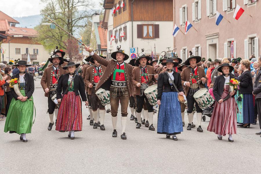 Original Miesbacher Tracht